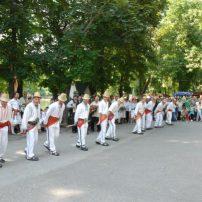 parcul romanescu alaiul calusului 2012 3 iunie caeata de calusari din dabuleni (3)